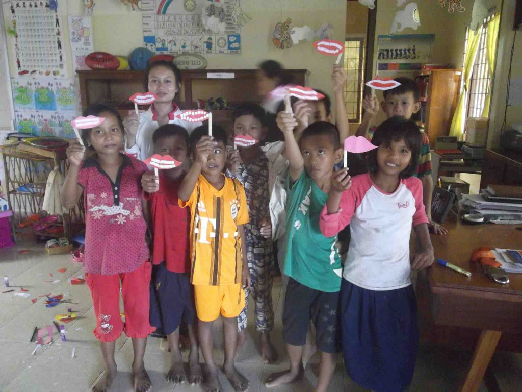 kids cambodia school smile toothbrush project