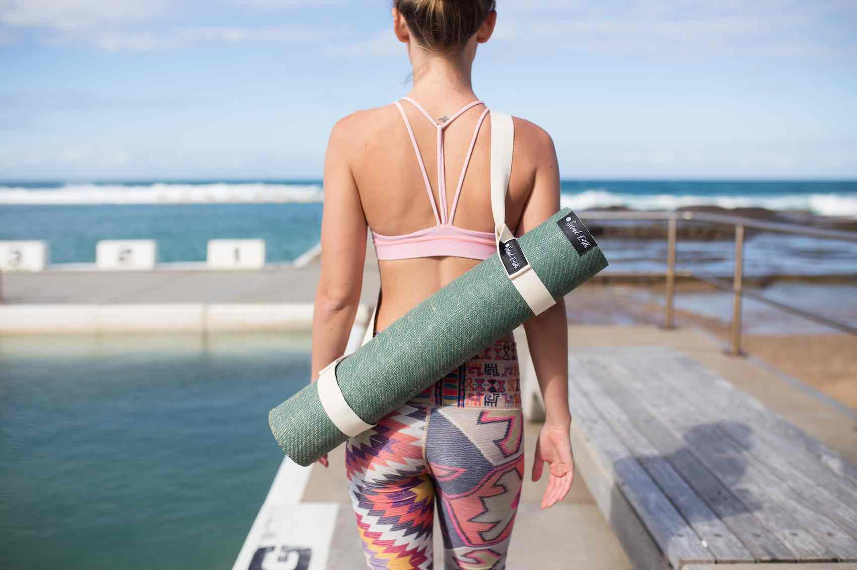 80+ Eco-friendly sports gifts for yogis [Ultimate guide]